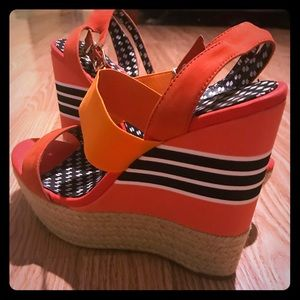 New Jessica Simpson shoes size 9